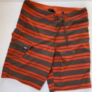 The North Face Men's Shorts Striped Size 32